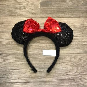 Disney sequined Minnie Mouse ears